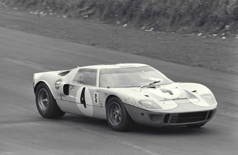 BOAC 500, Brands Hatch, England, 1968. Brian Redman/Jacky Ickx in action in their winning Gulf Ford GT40. CD#0776-3301-3814-48